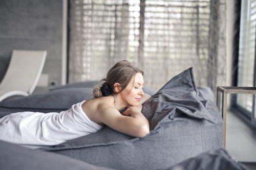 Dormir desnuda: 5 beneficios para tu cuerpo, según estudio