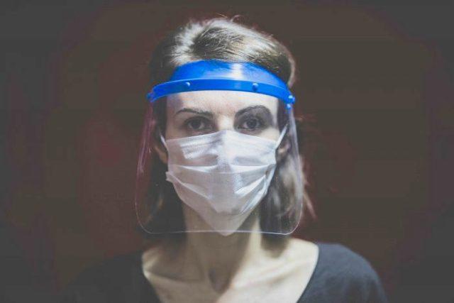 Caretas faciales: ¿qué tan efectivas son para evitar el contagio de covid-19?