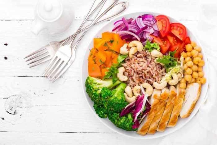 El plato del bien comer es ideal para equilibrar y variar tu alimentación