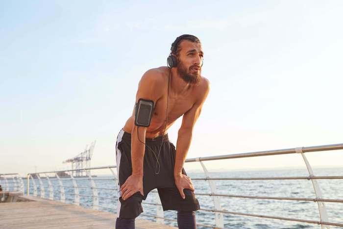 Qué es el síndrome de sobreentrenamiento y cómo afecta tu rendimiento y salud