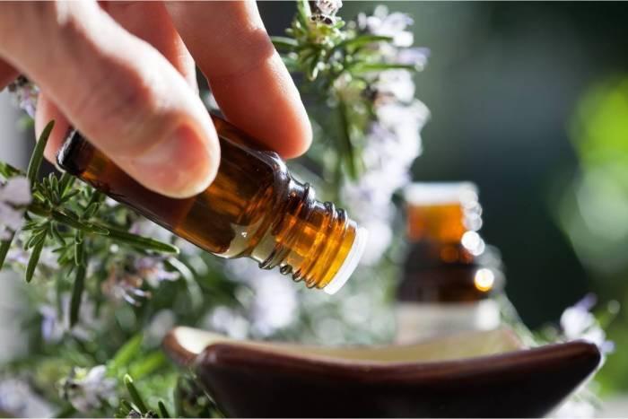 Aromaterapia: 5 Aceites esenciales efectivos para reducir el estrés