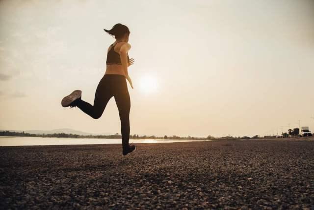 6 Tips para cumplir tu propósito de hacer ejercicio para bajar la panza