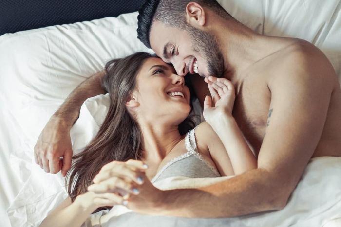 5 Razones saludables para tener relaciones sexuales una vez a la semana, mínimo