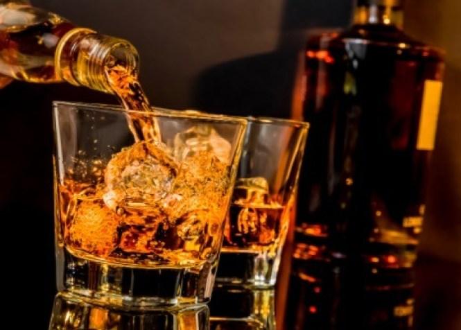 whisky es una bebida alcohólica escocesa que no contiene carbohidratos