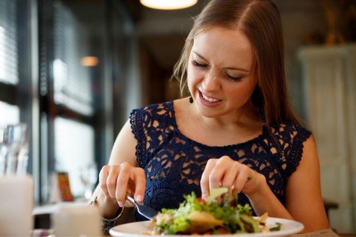 5 Dietas populares que debes evitar por ser peligrosas para la salud