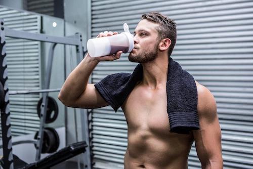 Los deportistas requieren consumir suplementos alimenticios para acelerar la recuperación y obtener mejores resultados