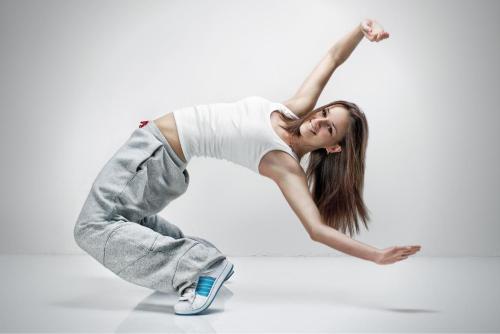 6 Beneficios físicos y mentales de bailar hip hop