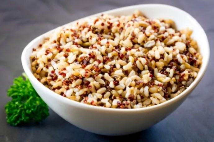 Para las personas intolerantes al gluten o que llevan una dieta libre de gluten, la quinoa es una excelente opción