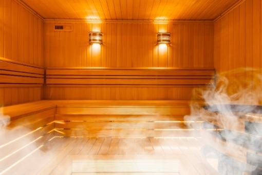 Las personas que van a la sauna dos o tres veces a la semana, tienen 22% menos riesgo de padecer enfermedades cardiovasculares.