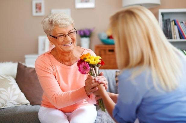 A las mamás les encantan las flores, es un regalo que nunca va a pasar de moda y siempre van a agradecer.