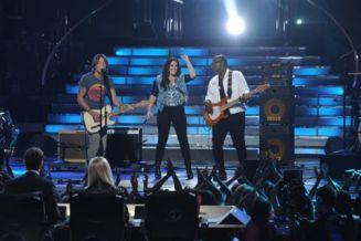 Kree performs with Keith & Randy