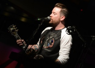 David Cook performs at the Soles4Souls charity concert, sponsored by Barefoot Wine & Bubbly