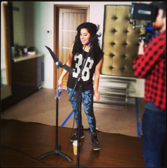 american-idol-2014-top-5-rehearsals-01-jena