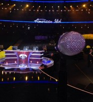 American Idol Finale Setting Up