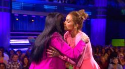 american-idol-2014-jlo-drops-fbomb-top-4-06-kiss