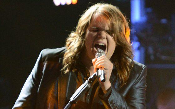 Caleb Johnson performs on American Idol 2014