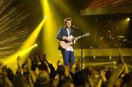 american-idol-2014-top-4-performances-alex-03