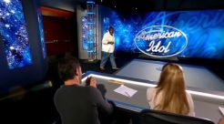 Idol Hopeful sings to JLo for his audition