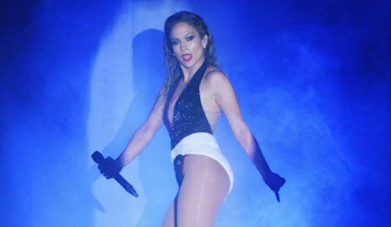 Jennifer Lopez performs on AMAs 2014