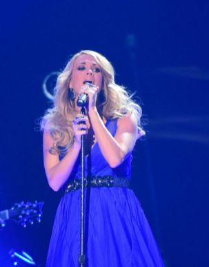 Carrie Underwood performs at the ACCAs 2014 - 05