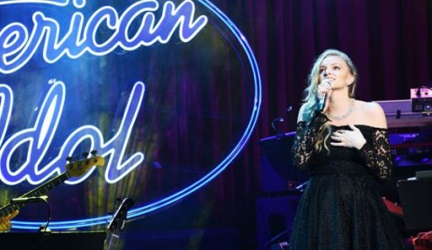 Alexis Gomez sings at House of Blues on American Idol 2015