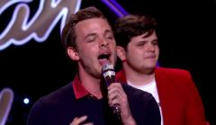 Clark Beckham sings on American Idol