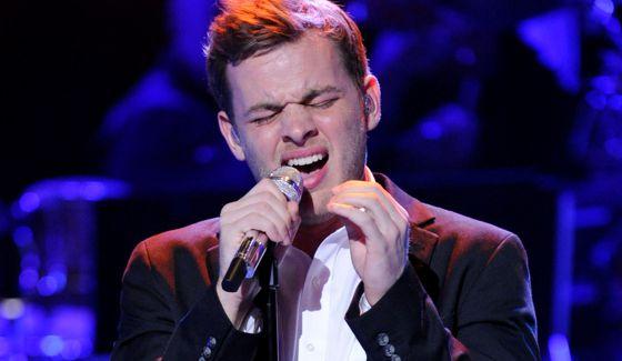 Clark Beckham performs on American Idol 2015