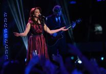 american-idol-2015-top-5-performances-06-martina-mcbride