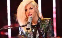 Jax sings on American Idol