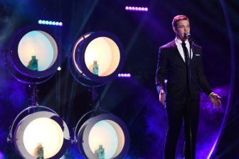 Clark Beckham performs
