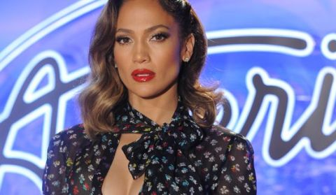 Jennifer Lopez on American Idol 2016