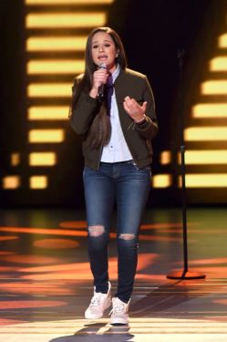 american-idol-2016-top-10-09-avalon-young