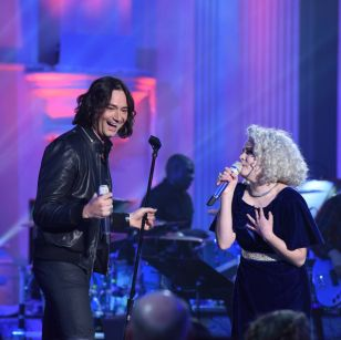 Constantine Maroulis with contestant Jenn Blosil