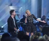 David Cook with contestant Olivia Rox