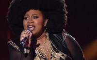 La'Porsha Renae sings on American Idol 2016