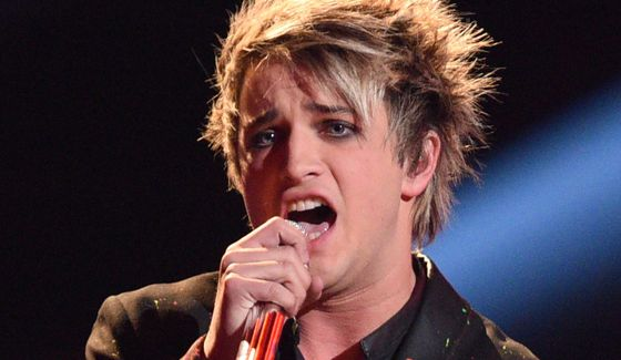Dalton Rapattoni sings on the American Idol stage