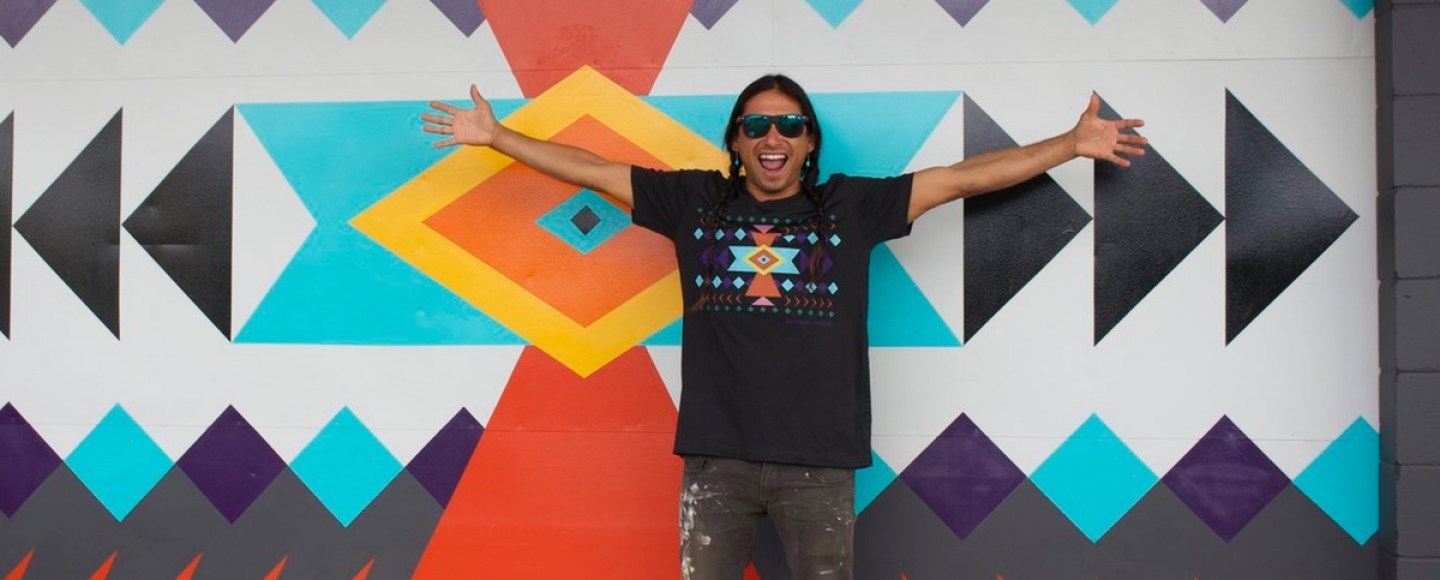 lessons-learned-apache-street-artist-paints-in-paradise
