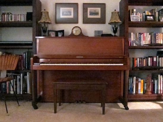 The unused piano, © 2013 Susan Barsy