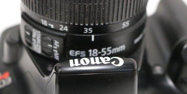 Canon t3 lens type