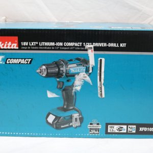 Makita XFD10SY Compact Drill front