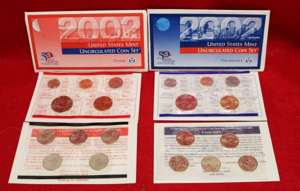 2002 Uncirculated Coin Set main pict