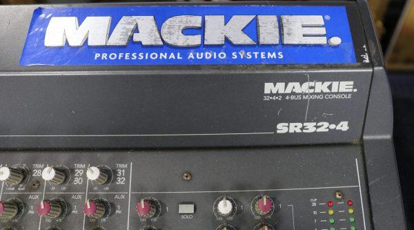 Mackie 32-4 Analog Mixer tag
