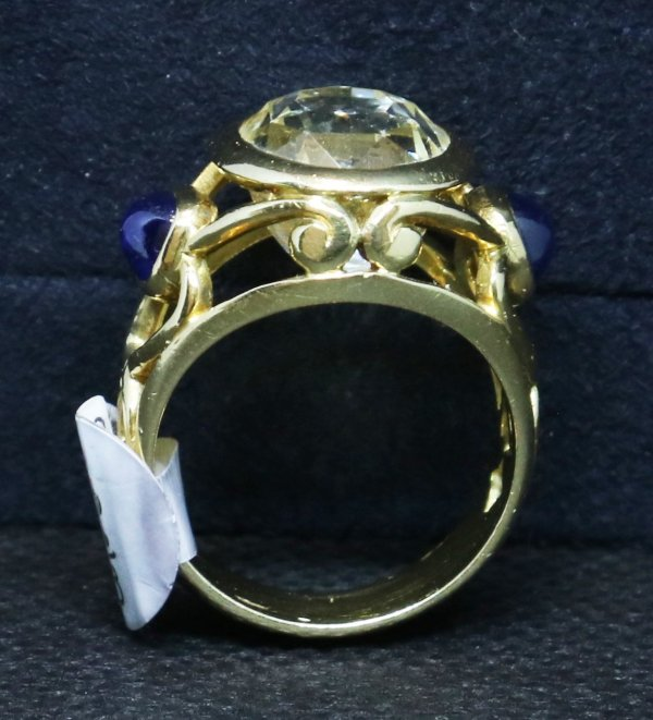 Clear Yellow Sapphire Ring side falt