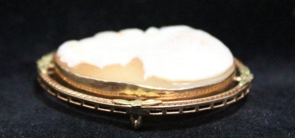 Cameo Broach Necklace Pendant side