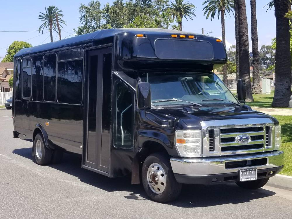 medium resolution of 2010 ford e 450 party bus