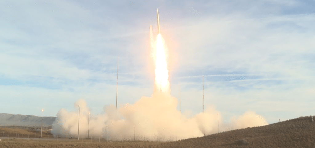 VIDEO: US tests first ballistic missile since INF Treaty expired