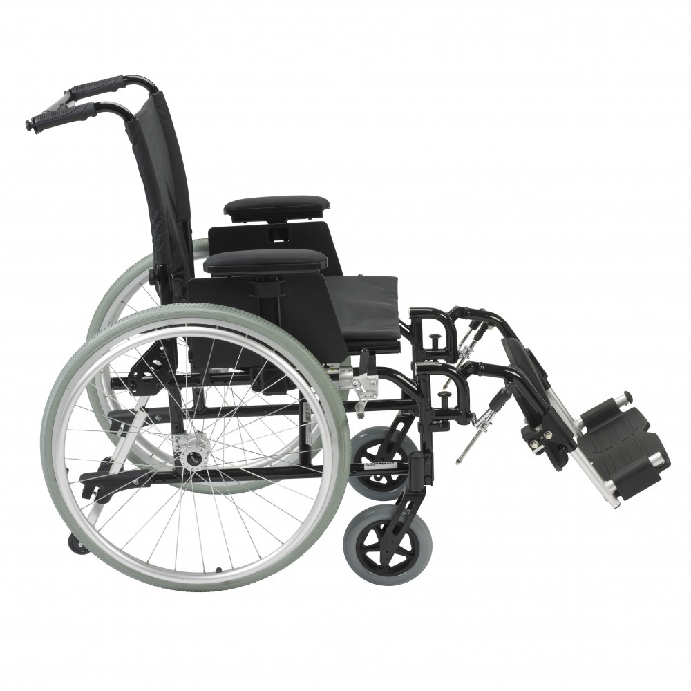 Cougar 16  18 Rehab Wheelchairs by Drive