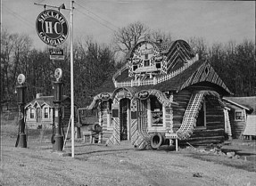 Gas station and tourist cabins. Shannon County, Missouri. February, 1942. Photo by John-Vachon.