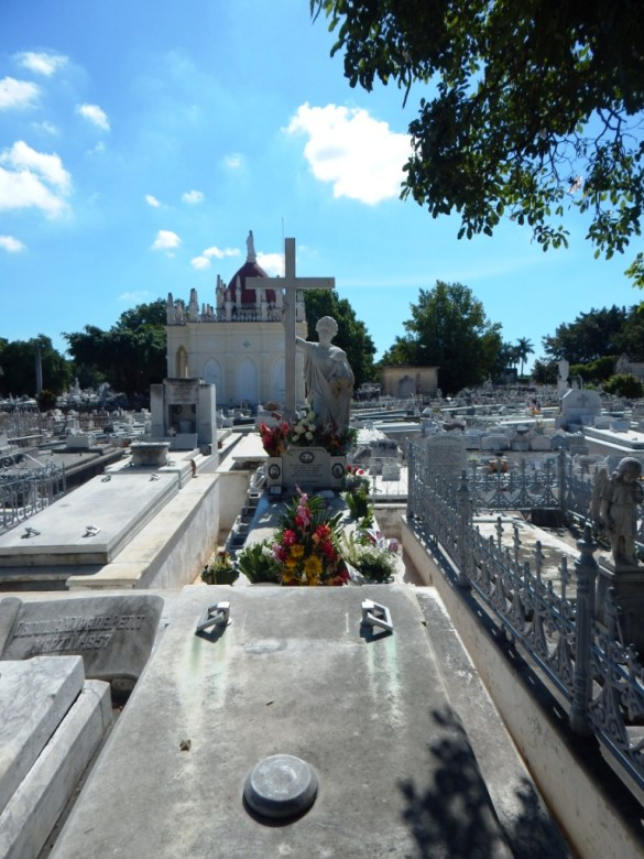 "Grave of Amelia Goyri, ""La Milagrosa"""