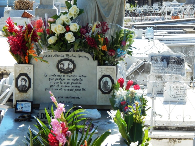 Shrine to La Millagrosa, Cemetery Colon, Havana